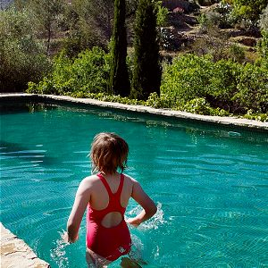 Fun in the pool of Refugio Marnes