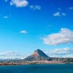 hiking holidays alicante, this is a panoramic view of the montgo and Javea area