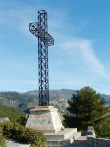 Hiking Spain Alicante, the cross at Miradores de la Solana