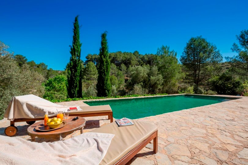 Casa Rural Spain the poolside