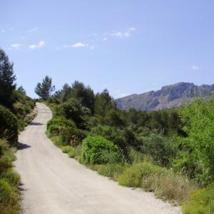 De weg naar eco lodge Refugio Marnes
