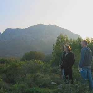 Wandelen en genieten van het uitzicht op de Sierra de Bernia