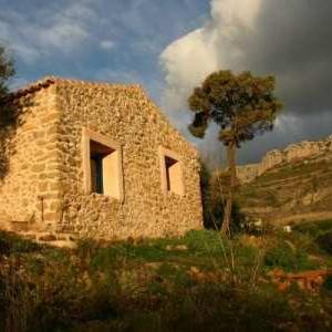 Compleet herbouwde finca La Ruina
