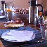 ontbijt bij Bed and Breakfast in groen Spanje
