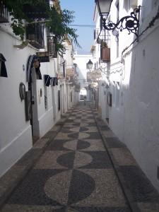 Een kijkje in de nauwe straatjes van het dorpje Altea aan de Costa Blanca