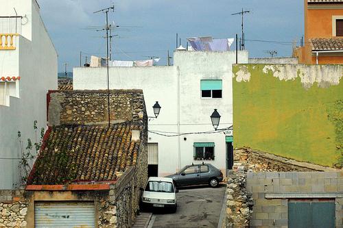 De achterkant van Gata de Gorgos, dorpen in Spanje
